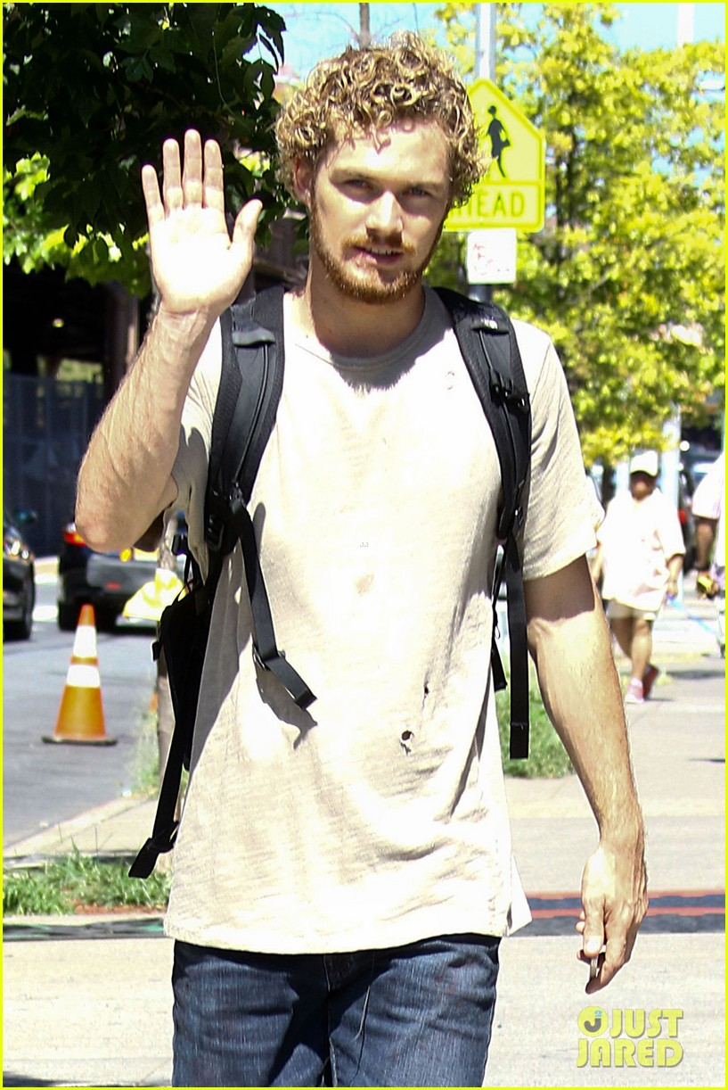 finn jones iron fist set photos 043745407