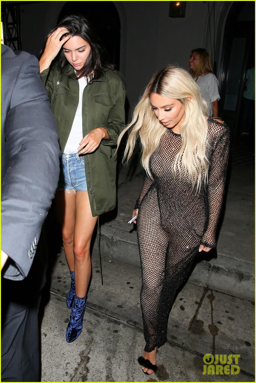 kim kardashian goes blonde flaunts thin figure dinner kendall jenner 143742975