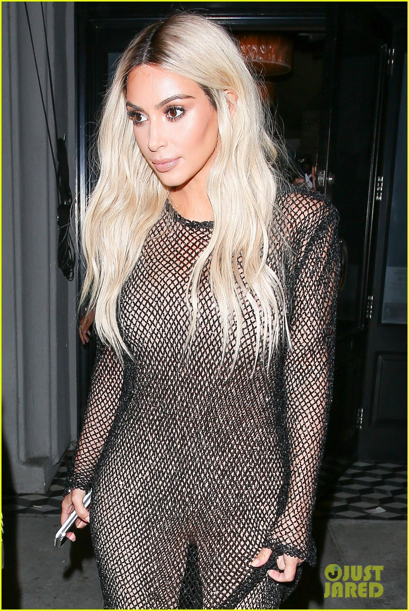 kim kardashian goes blonde flaunts thin figure dinner kendall jenner 183742979