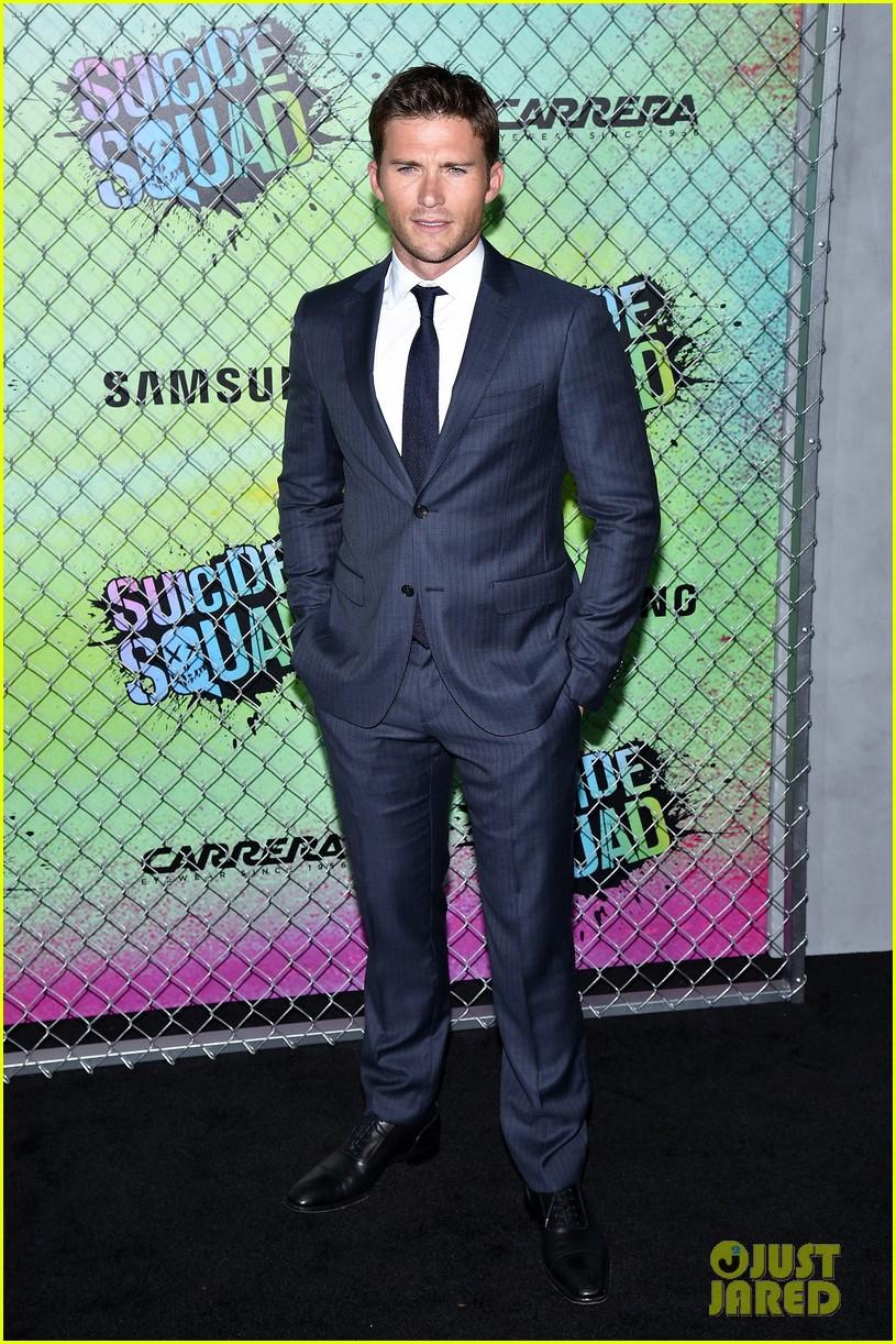 Joel Kinnaman Amp Scott Eastwood Suit Up At Suicide Squad