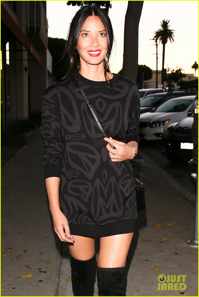 olivia munn attends jennifer kleins day of indulgence event 023734171