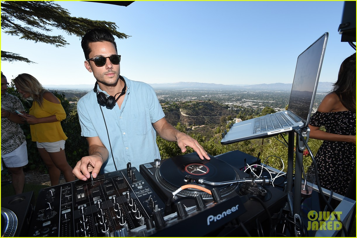 ethan peck bobby french just jared summer bash 233734454