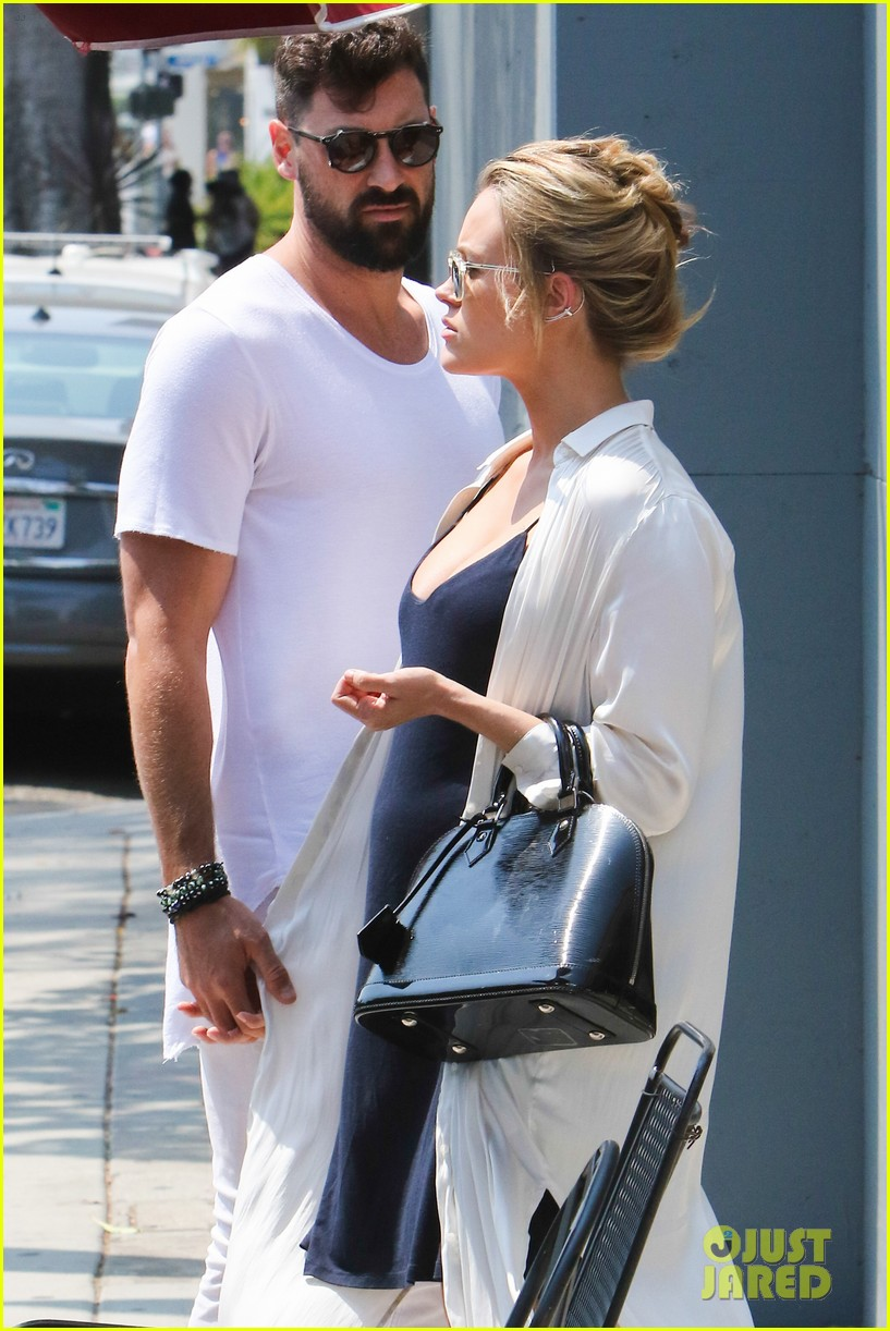 f8cb4fd04d4 Maksim Chmerkovskiy Treats Peta Murgatroyd To Lunch After His DWTS Return  Announcement