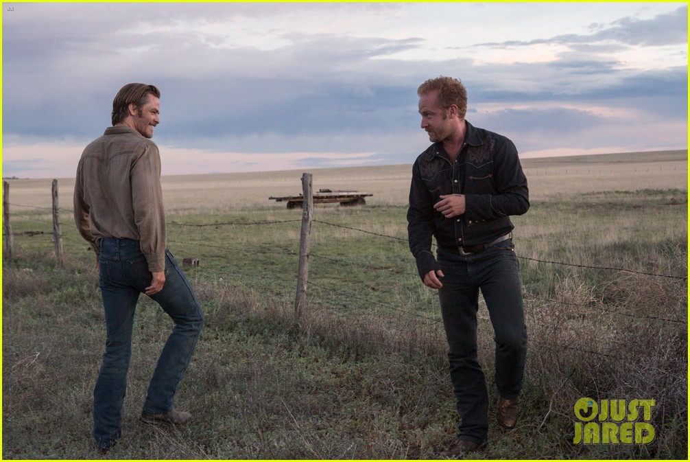 Photo of chris pine hell or high water exclusive photos 06 | Photo ...: www.justjared.com/photo-gallery/3729082/chris-pine-hell-or-high...
