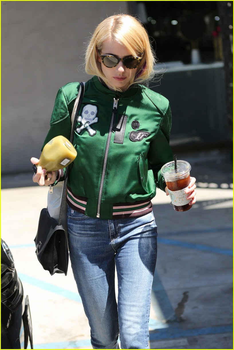 emma roberts keeps busy while filming scream queens 243736226