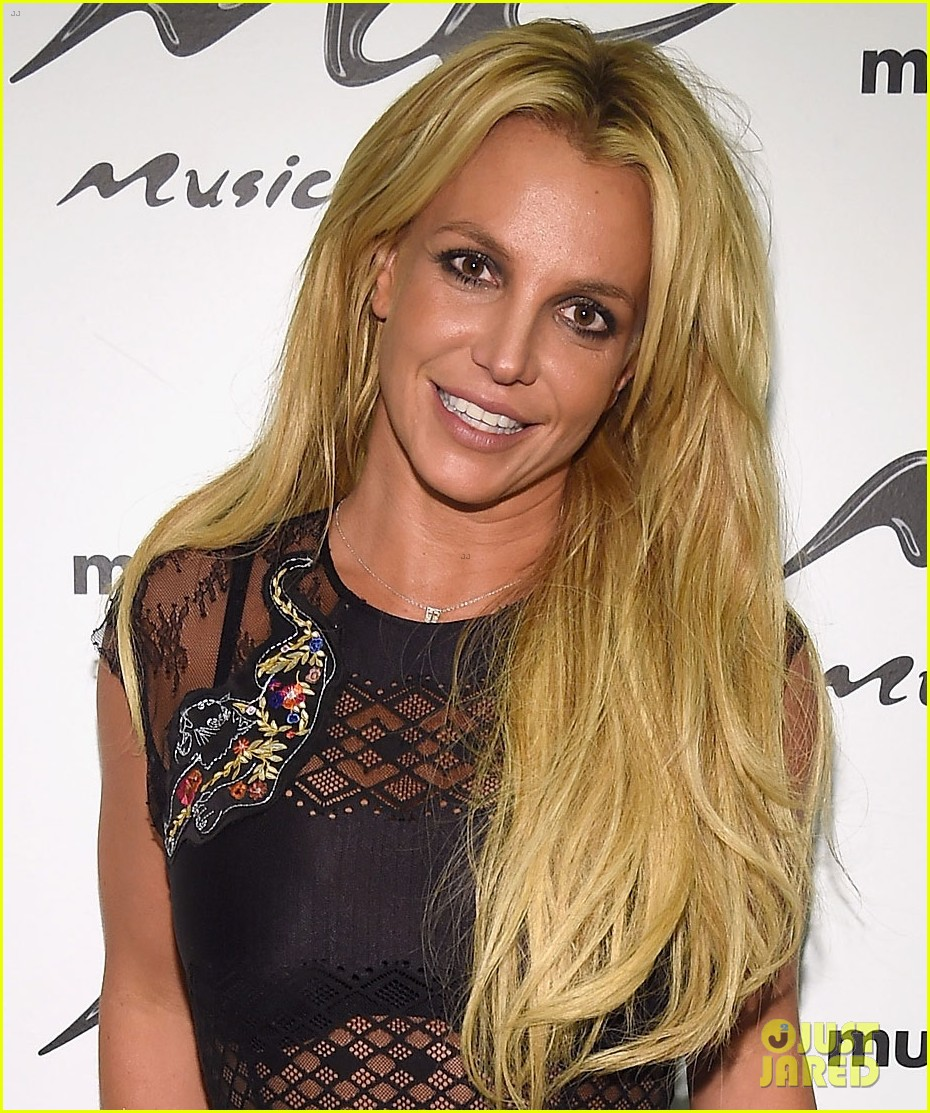 britney spears doesnt remember first vmas performance 023744704