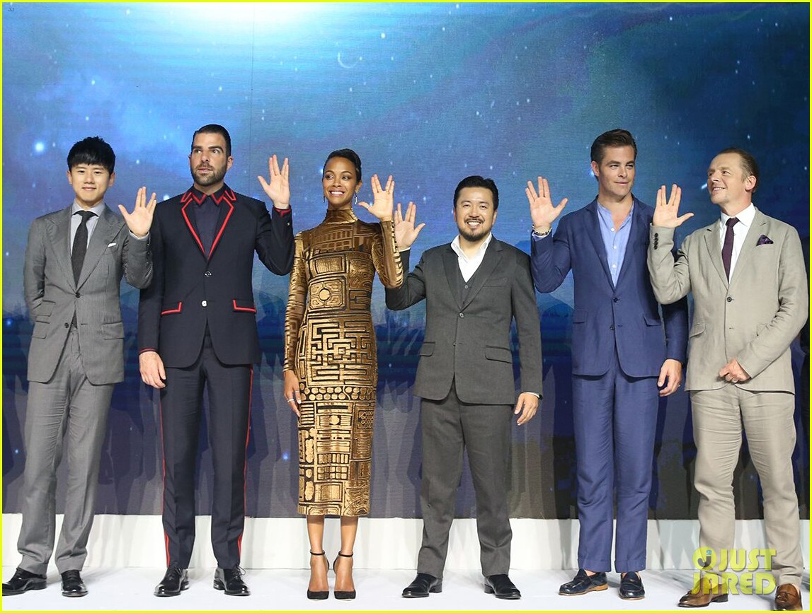 Zoe Saldana Chris Pine Bring Star Trek Beyond To China