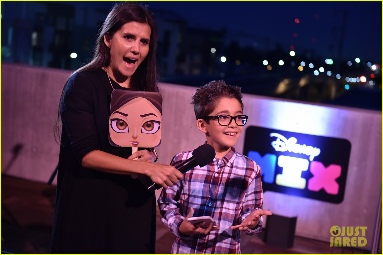 stuck in the middle cast just jared jr disney mix launch party 043738122