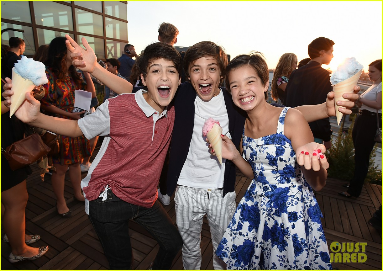 stuck in the middle cast just jared jr disney mix launch party 053738123