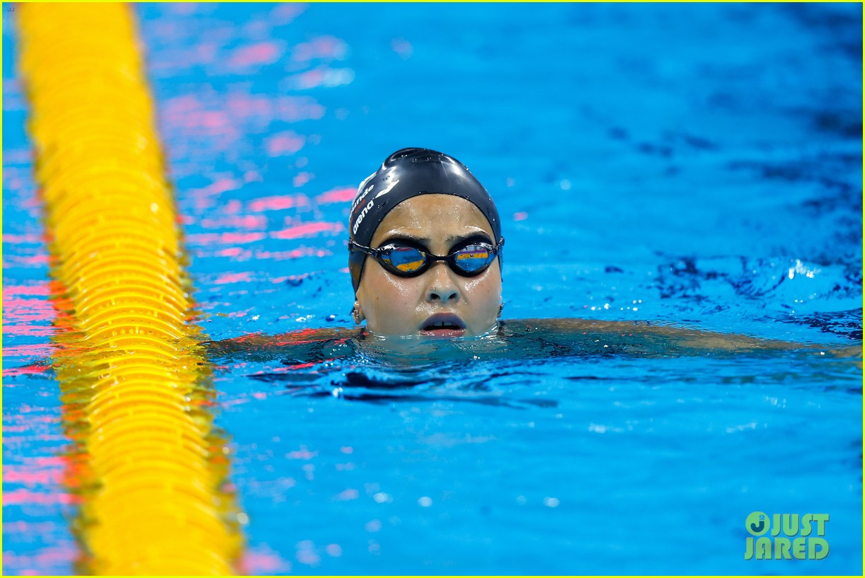who is yusra mardini olympics refugee swimmer 143727814