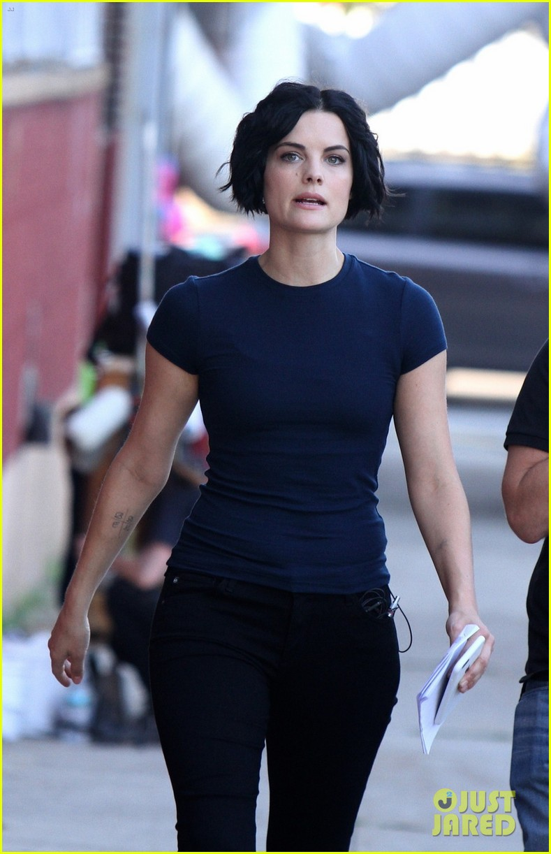 Jaimie Alexander Shares Sleeping High School Throwback ...