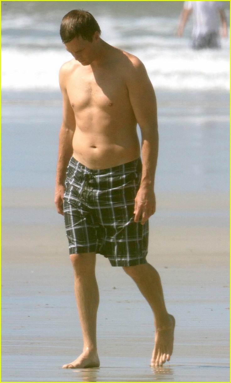 Tom Brady Sunbathes in His Birthday Suit Alongside Wife