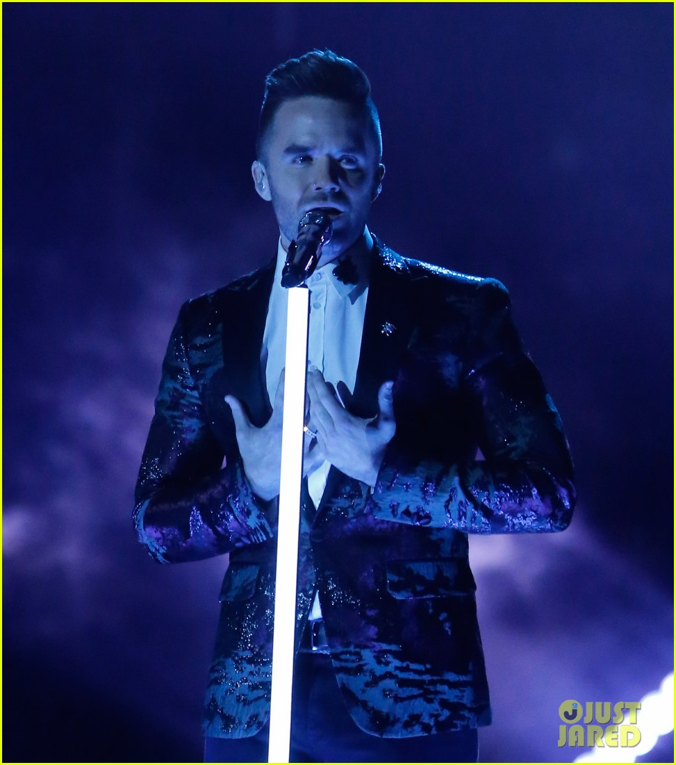 Brian Justin Crum Wows on Americas Got Talent with