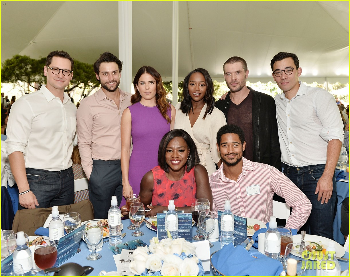 viola davis gets support from htgawm the rape foundations 2016 brunch 023770217