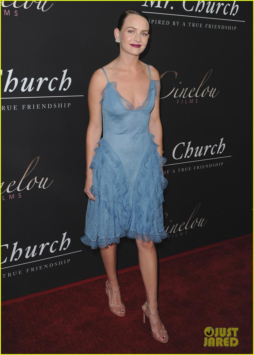 Eddie Murphy Brings Paige Butcher To \'Mr. Church\' Premiere in ...
