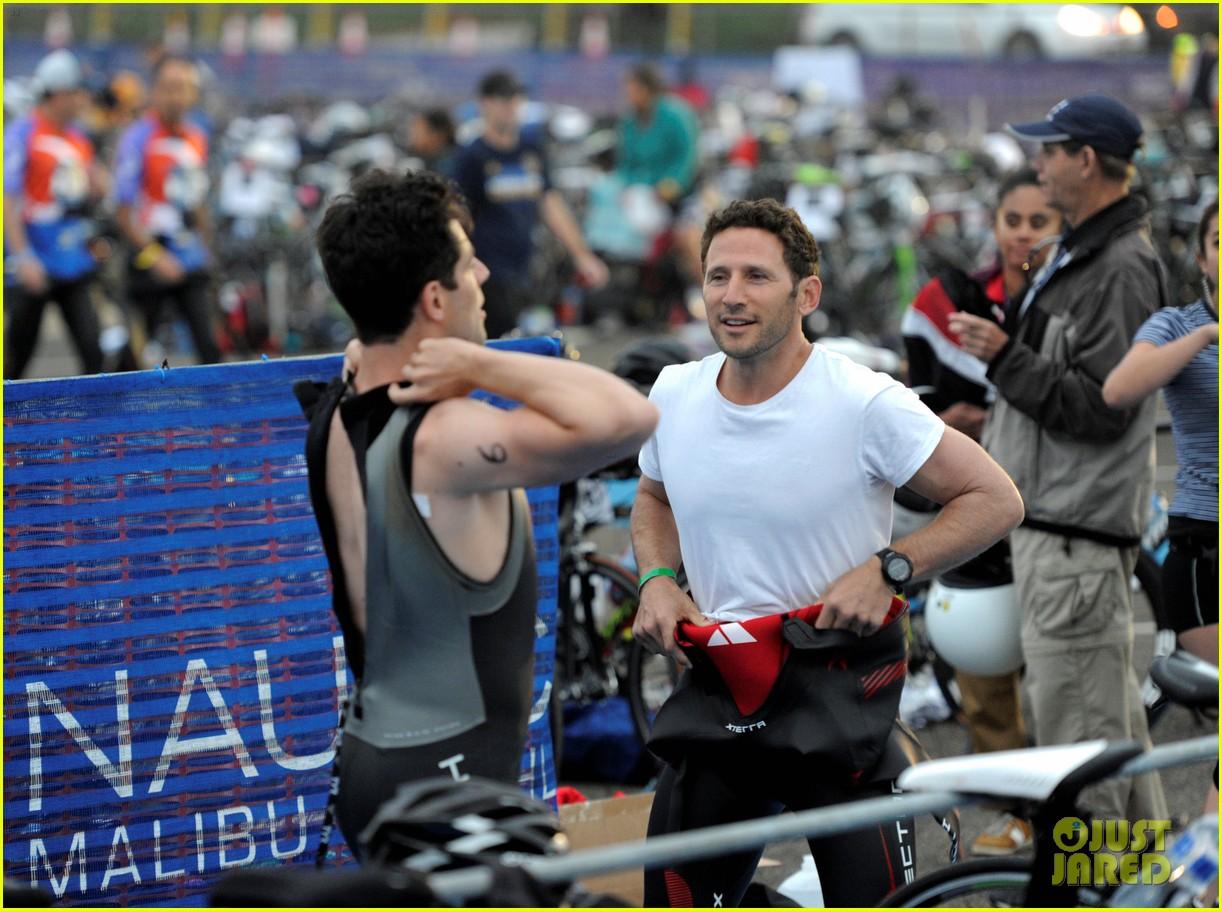 james marsden zac efron among celebs malibu triathlon 153763378