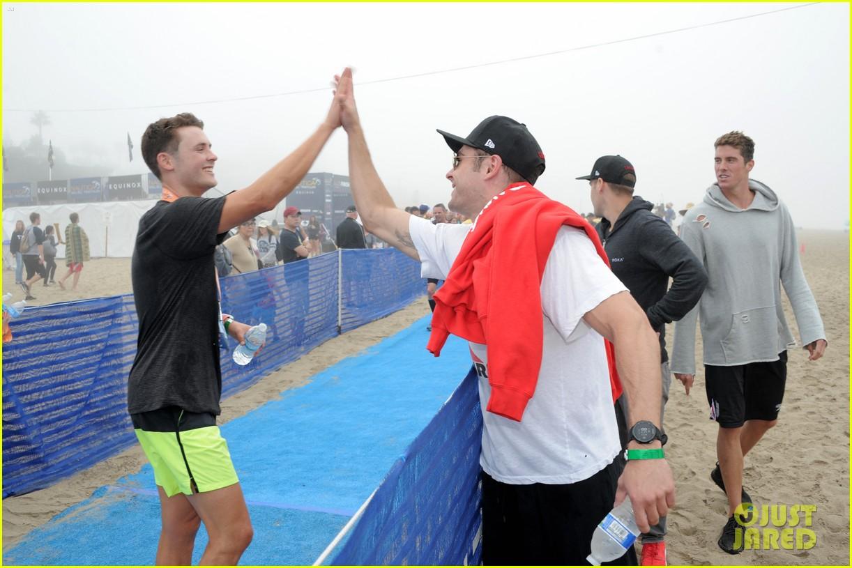 james marsden zac efron among celebs malibu triathlon 343763397