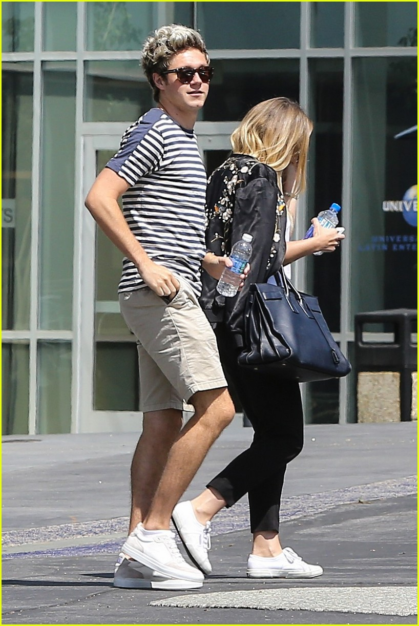 niall horan steps out in beverly hills 043749770