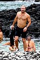 sam hunt goes shirtless in hawaii with girlfriend hannah lee fowler 05