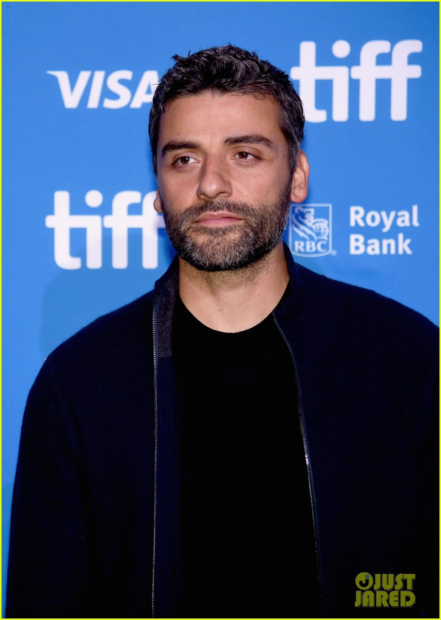 oscar isaac and the promise cast speak at tiff press conference2 013757759