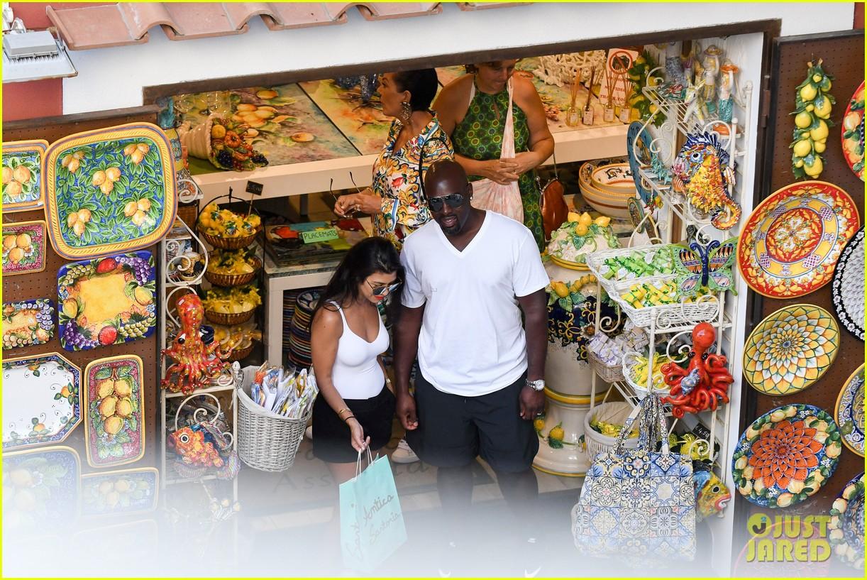 kourtney kardashian kris jenner capri vacation 133749583