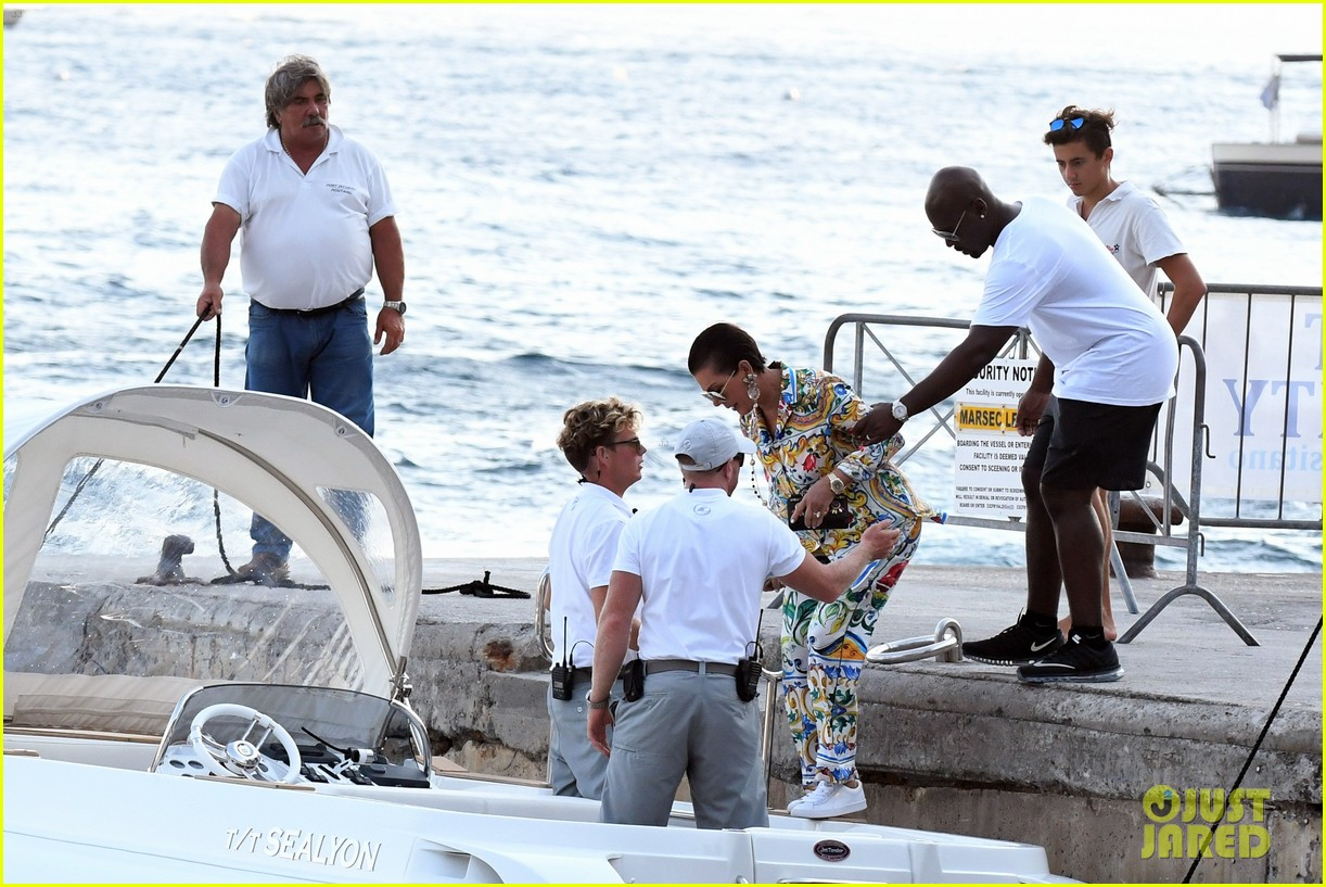 kourtney kardashian kris jenner capri vacation 383749608