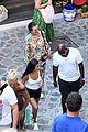 kourtney kardashian kris jenner capri vacation 05