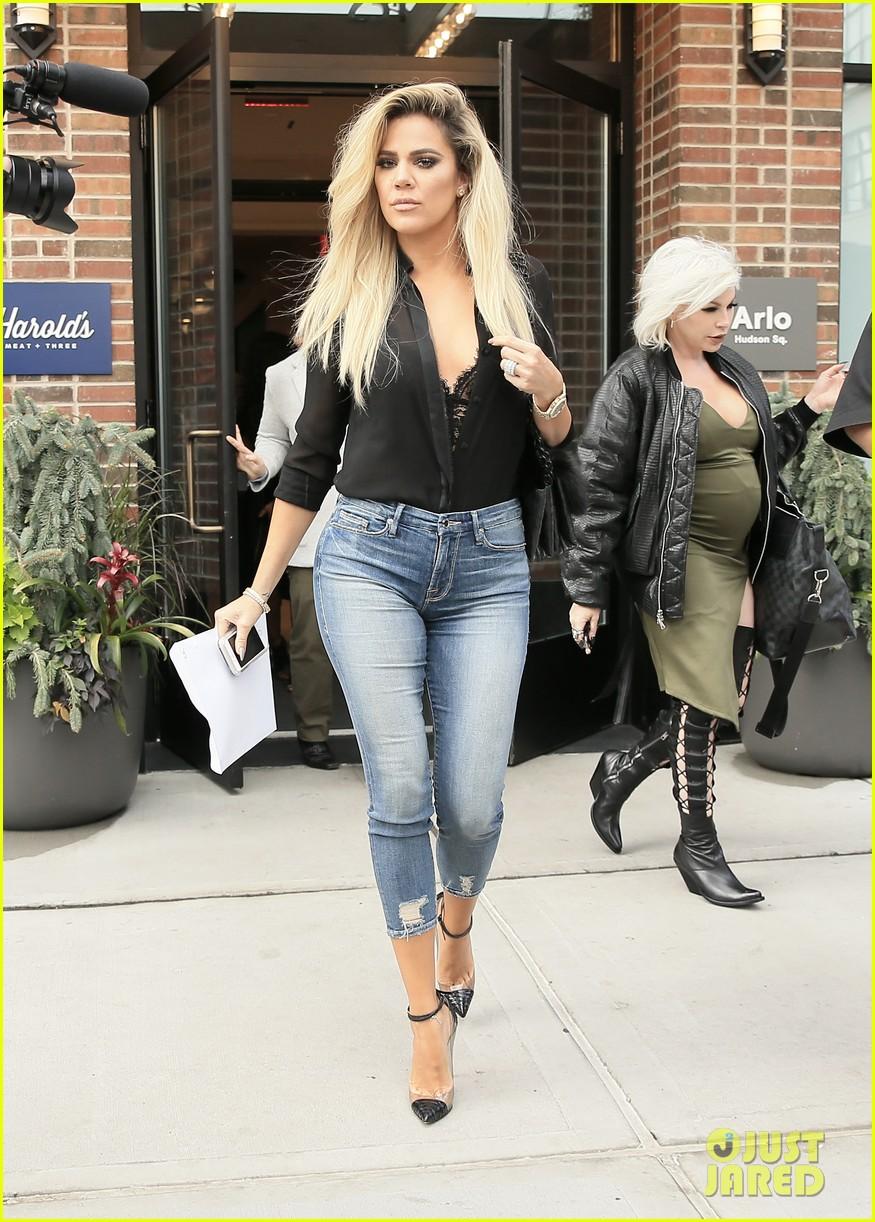 Khloe Kardashian Promo... Jennifer Lawrence Boyfriend