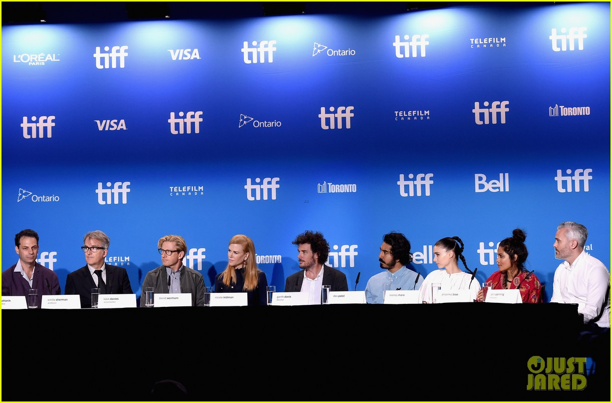 nicole kidman rooney mara lion press conference 293756231