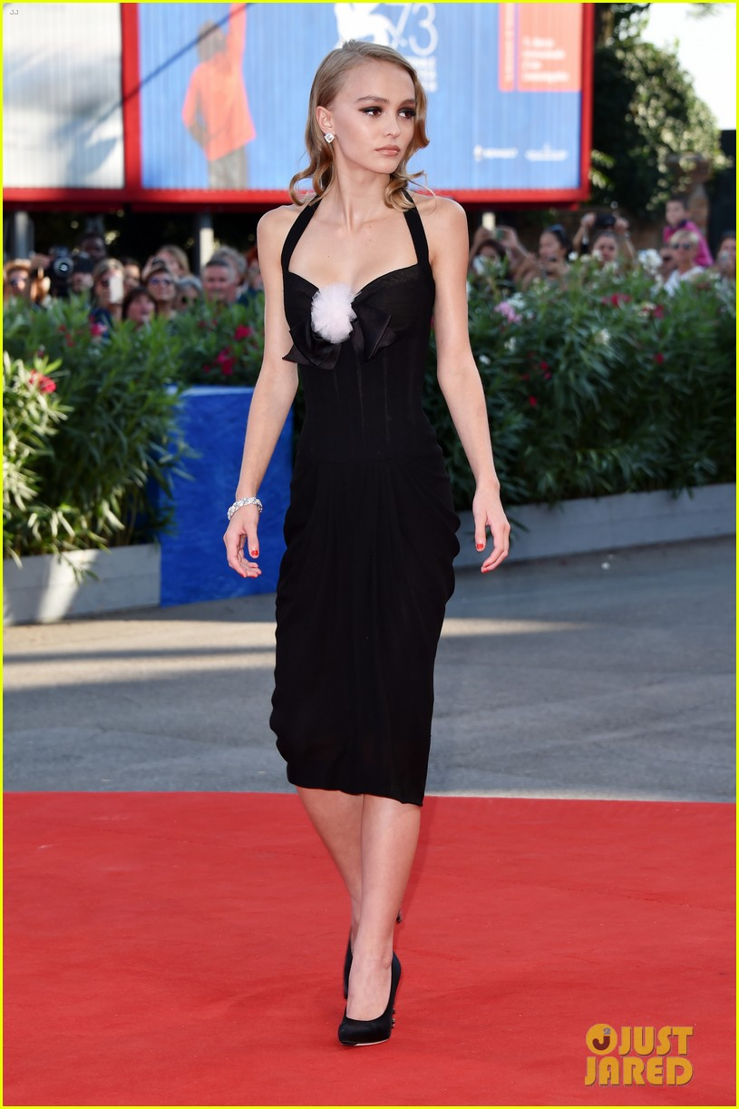 7a666836e926 Lily-Rose Depp Wows at  Planetarium  Premiere in Venice  Photo ...
