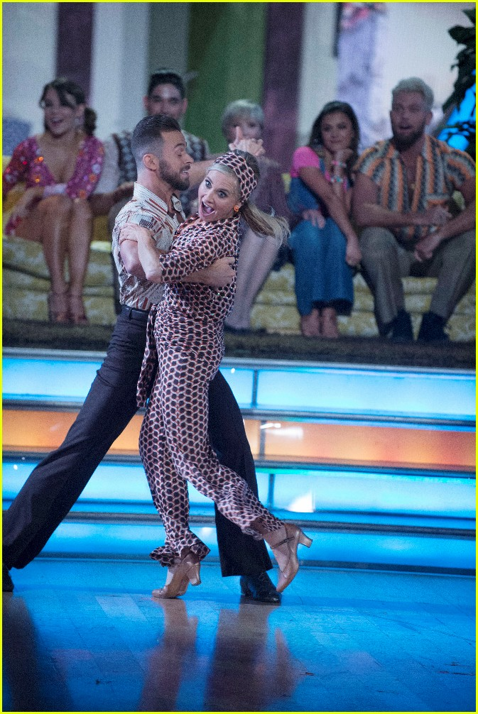 mauren mccormick dancing with the stars week two 013764847