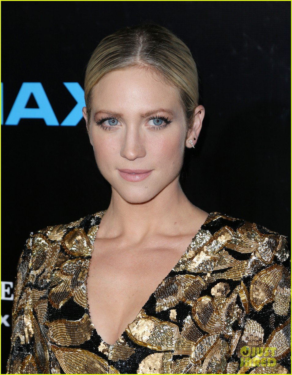 rachel mcadams brittany snow ashley greene step out for voyage of time the imax 283773022