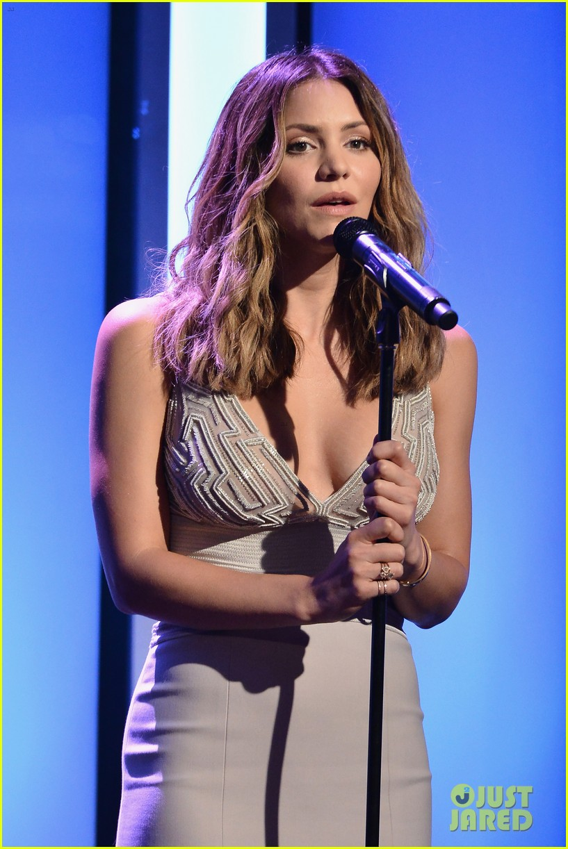 katharine mcphee shows her support at the hero dog awards 2016 283755654