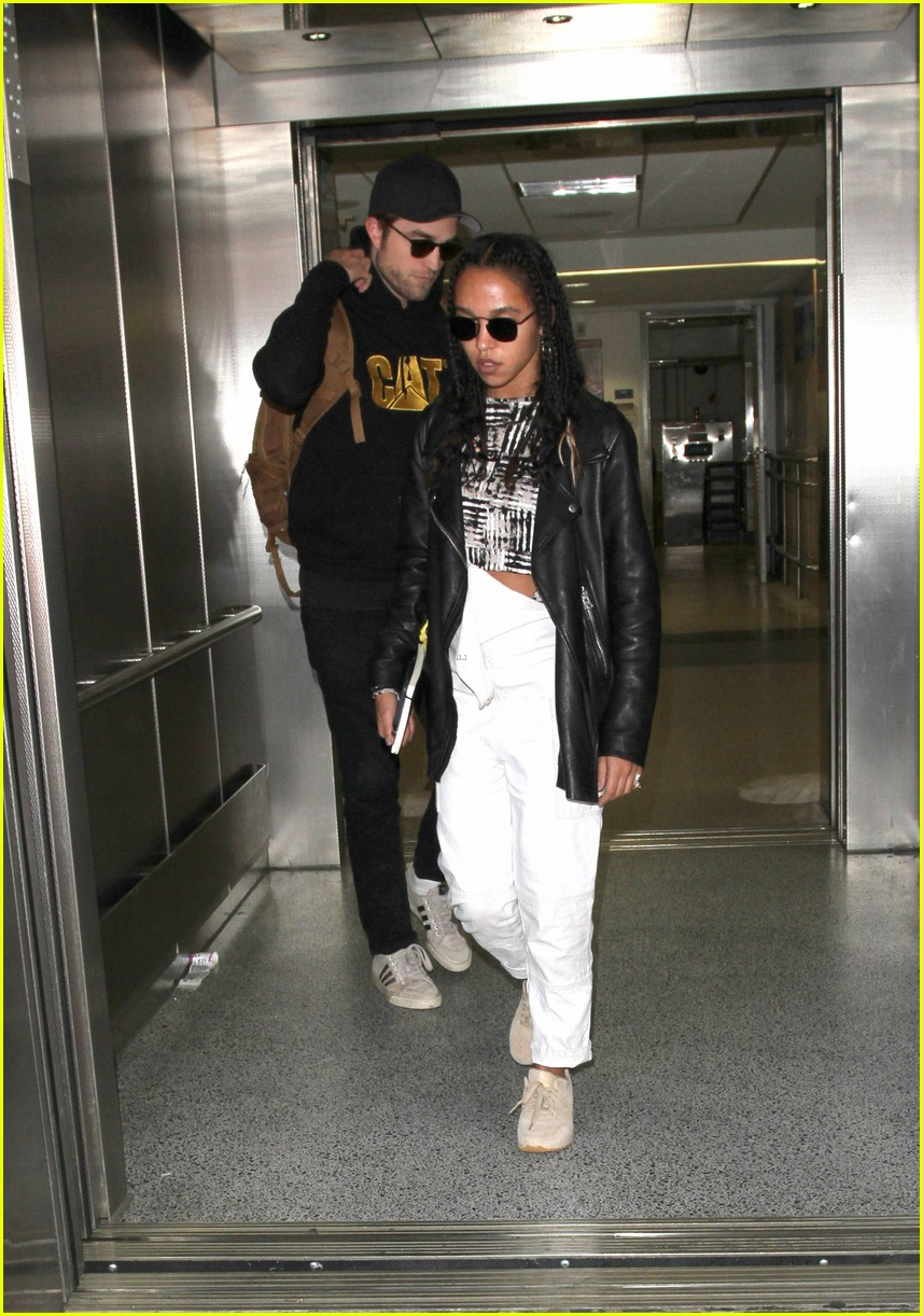 robert pattinson still dating fka twigs Lautner still pec-flexing, and pattinson not fully shaking  later released a book titled robert pattinson:  pattinson started dating singer fka twigs .