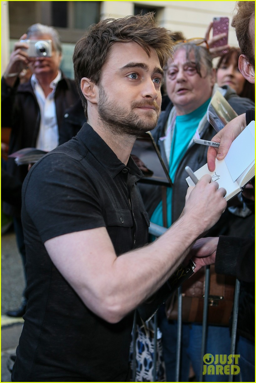 daniel radcliffe would love to have a role on game of thrones 173768112