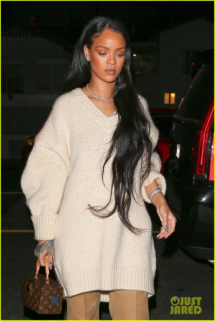 rihanna is pretty in pink for santa monica dinner photo