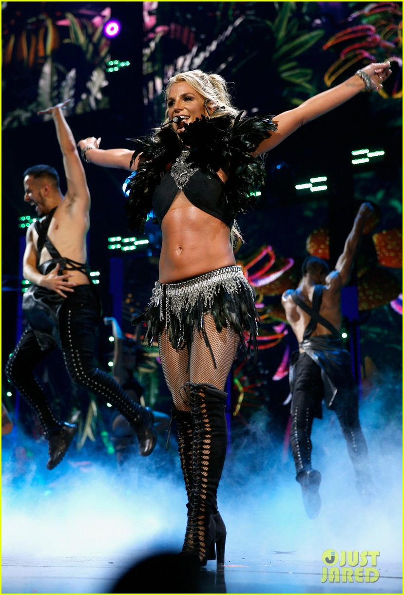 britney spears slays on stage at iheart radio music festival in vegas 293769140