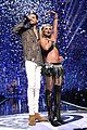 britney spears slays on stage at iheart radio music festival in vegas 17