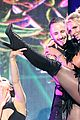 britney spears slays on stage at iheart radio music festival in vegas 21