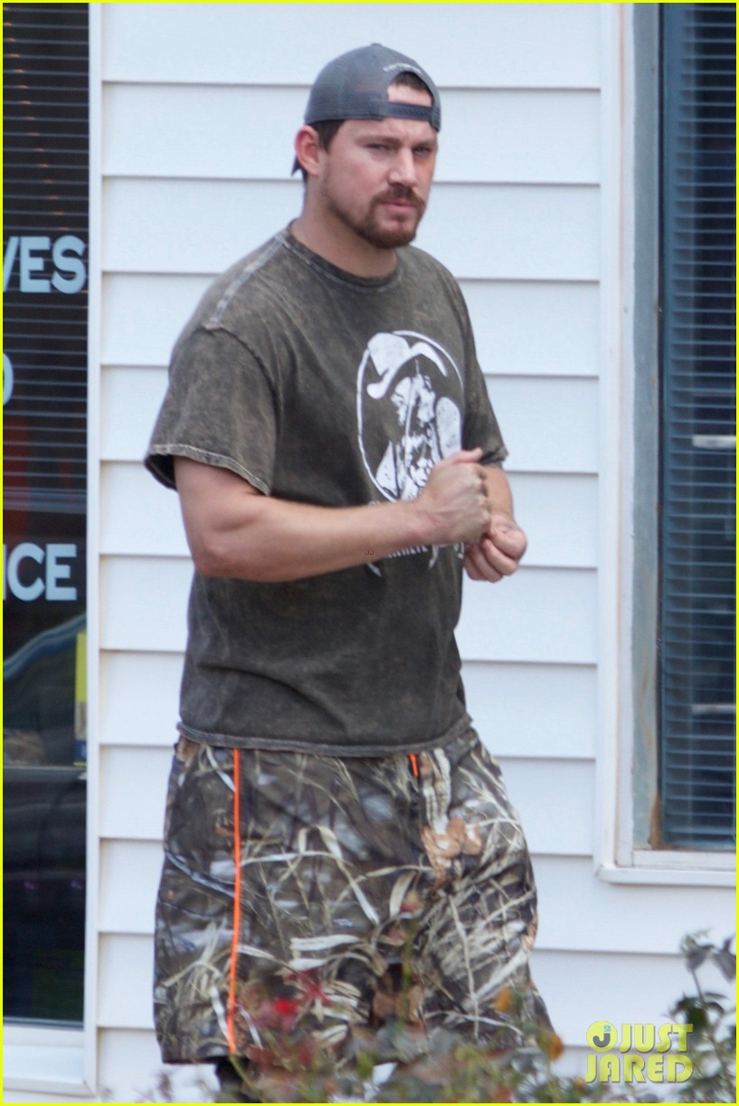 channing tatum films logan lucky in georgia with riley keough 073747697
