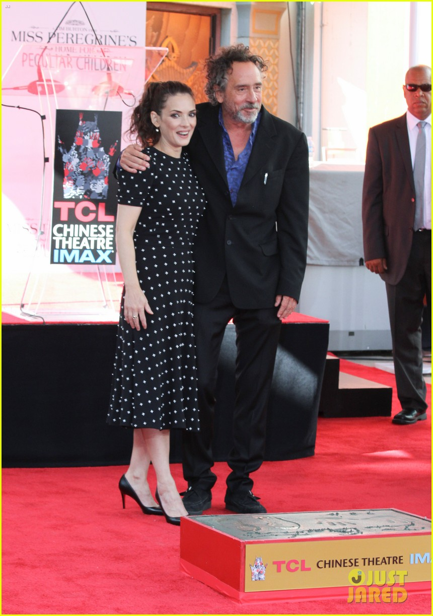winona ryder attends tim burtons hand and footprint ceremony 123753805