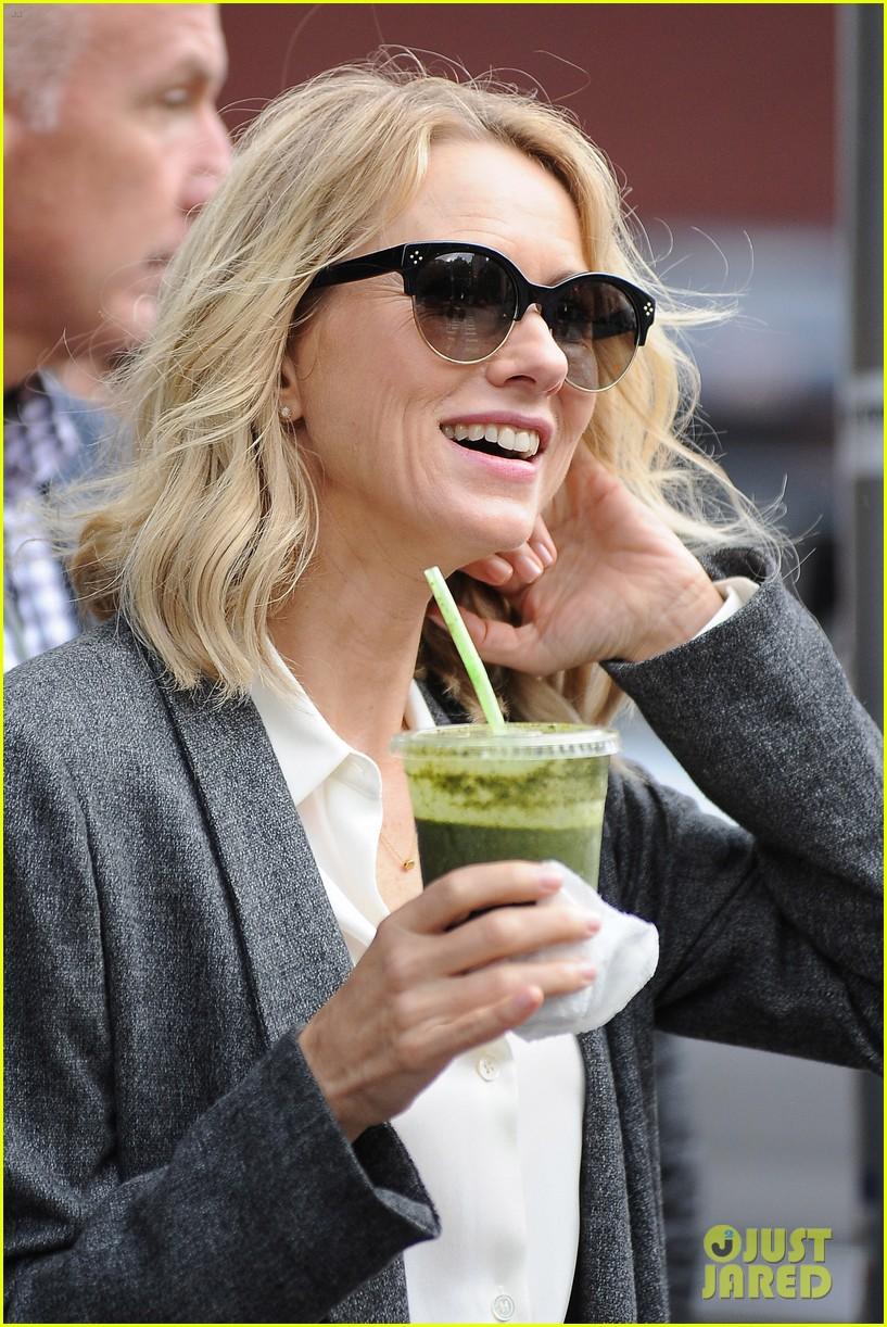 Naomi Watts' Ex Liev S...