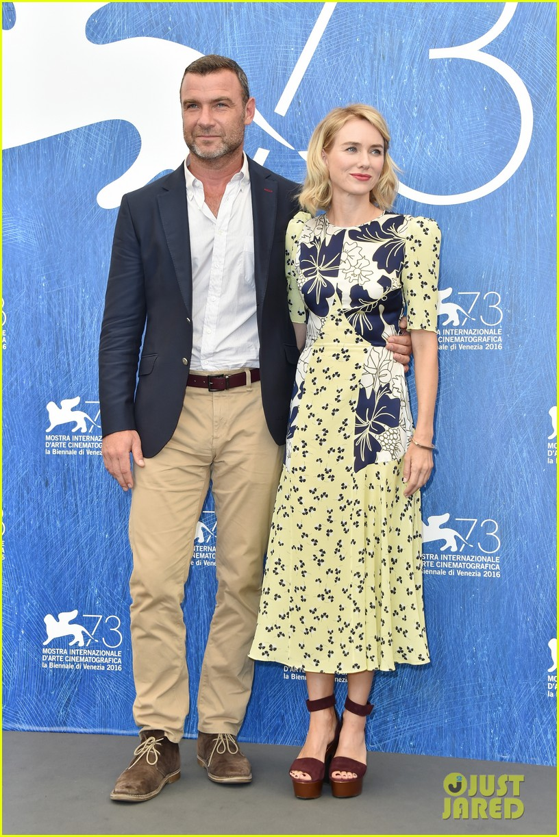 naomi watts throws it back to first venice film fest experience 173747875
