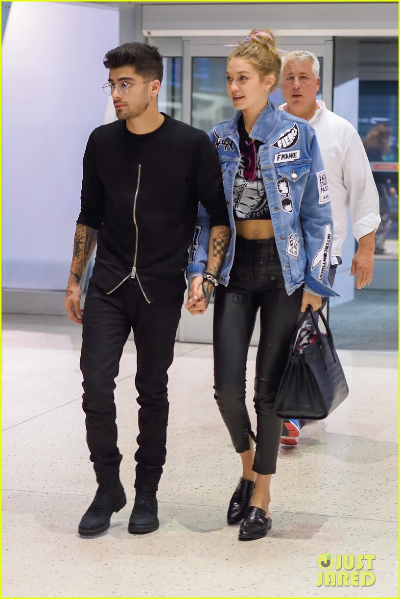 Gigi Hadid & Zayn Malik Show Cute PDA at JFK Airport ...