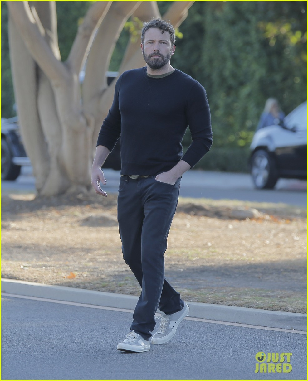 ben affleck reacts to buffalo bills beating patriots 093778423