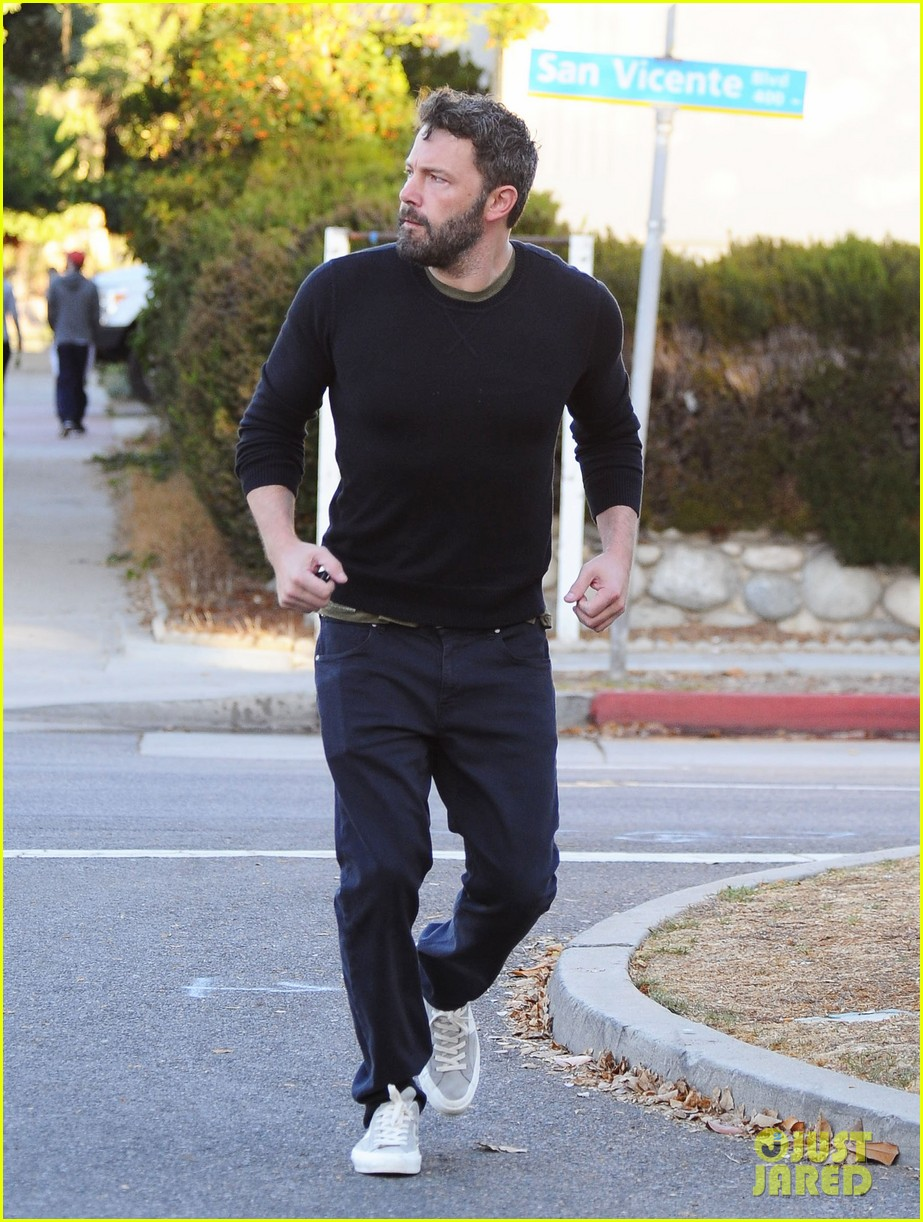 ben affleck reacts to buffalo bills beating patriots 163778430