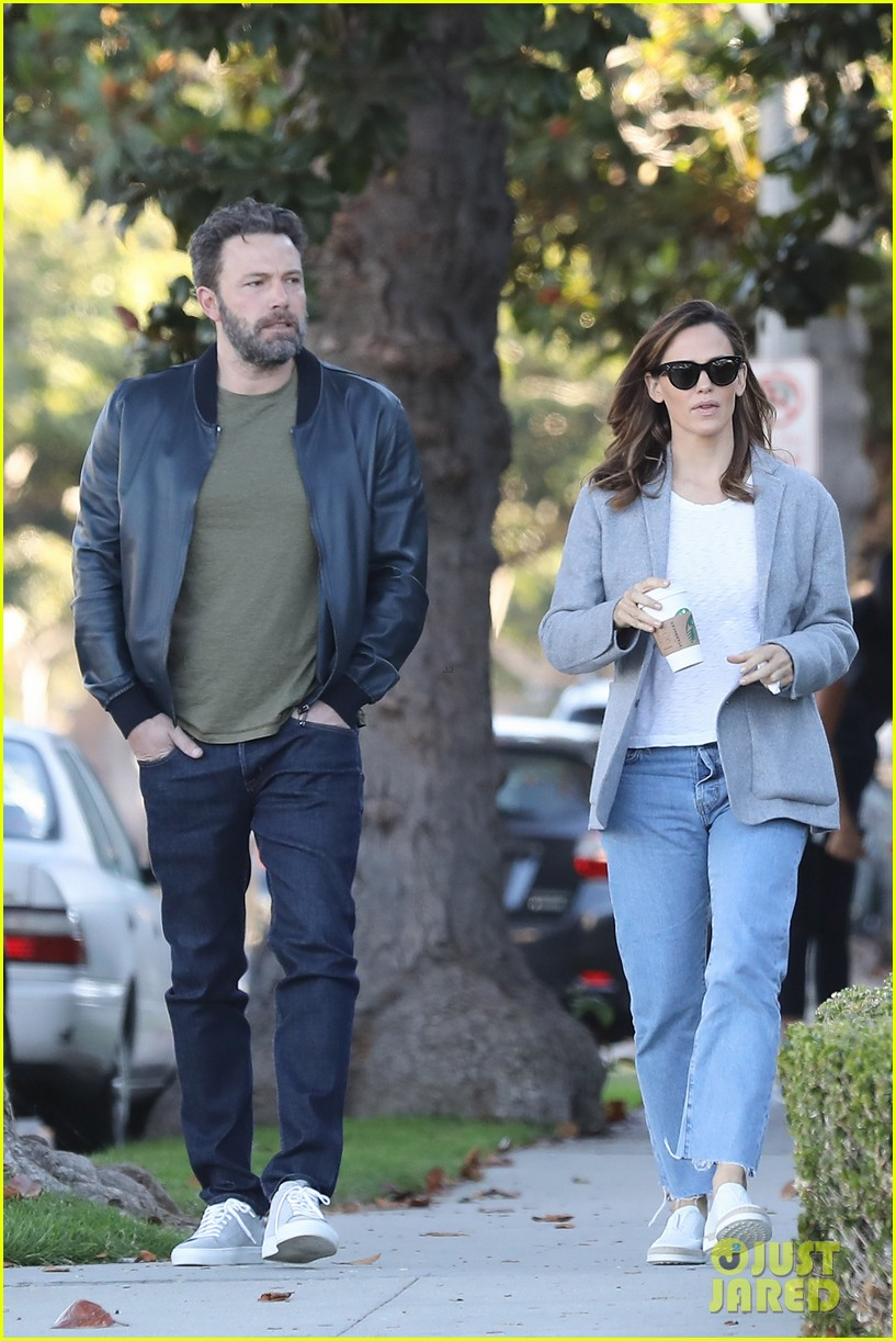 ben affleck college Relatives, ben affleck (brother) caleb casey mcguire affleck-boldt (born august  12, 1975) is an american actor and director  his mother was a radcliffe  college– and harvard–educated elementary school teacher his father worked.
