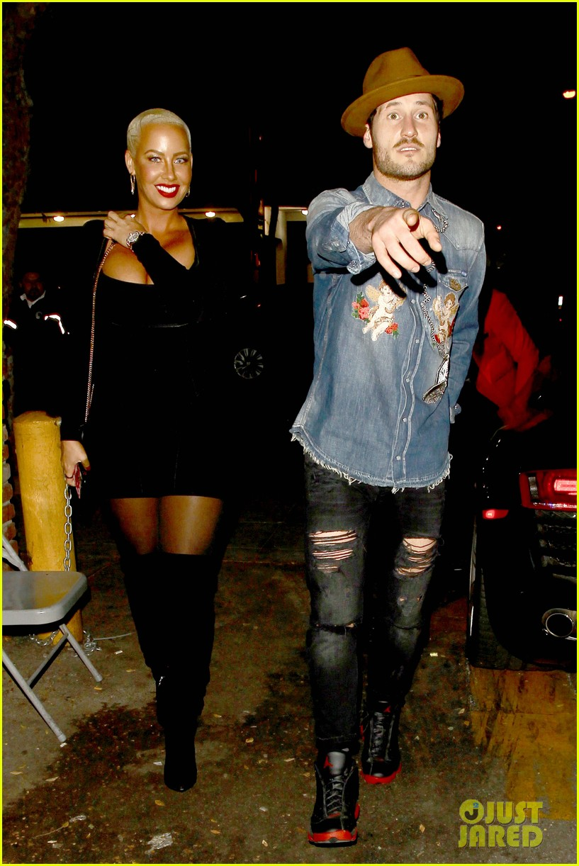 amber rose val chmerkovskiy head to dinner together amid romance rumors 033796236
