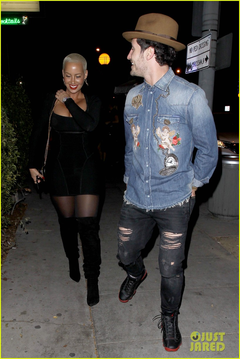 amber rose val chmerkovskiy head to dinner together amid romance rumors 213796254