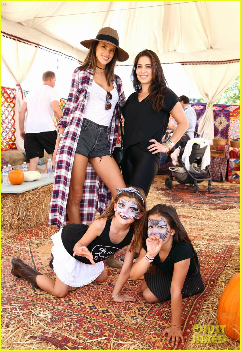 alessandra ambrosio visits a pumpkin patch with her kids 123782603
